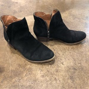 Lucky Size 8 Ankle Boots